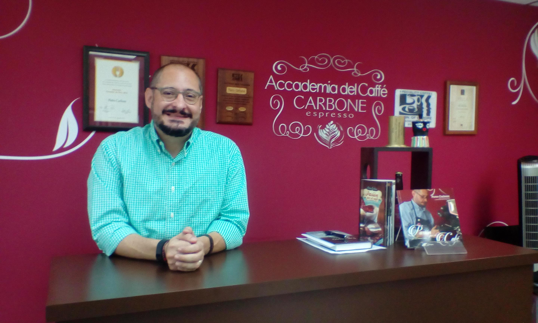 Café y Pietro Carbone